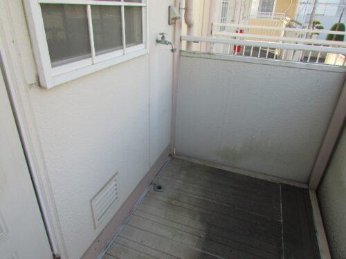 洗濯機置場は廊下にあります!