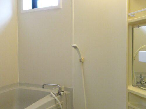 浴室にも換気窓が付いてます!(風呂)