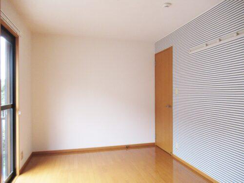 居室にもアクセントクロス貼り☆(寝室)